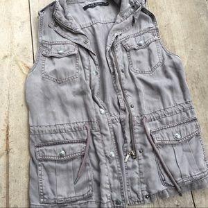 Max Jeans Utility Vest in Gray